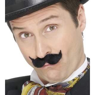 Moustache noire 19ème